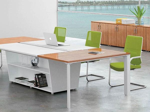 钢木结合办公桌